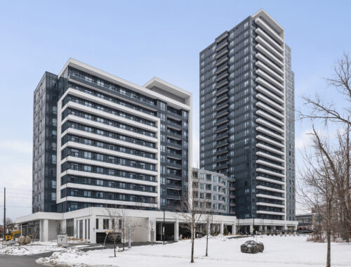 711 - 7890 Bathurst St, Vaughan